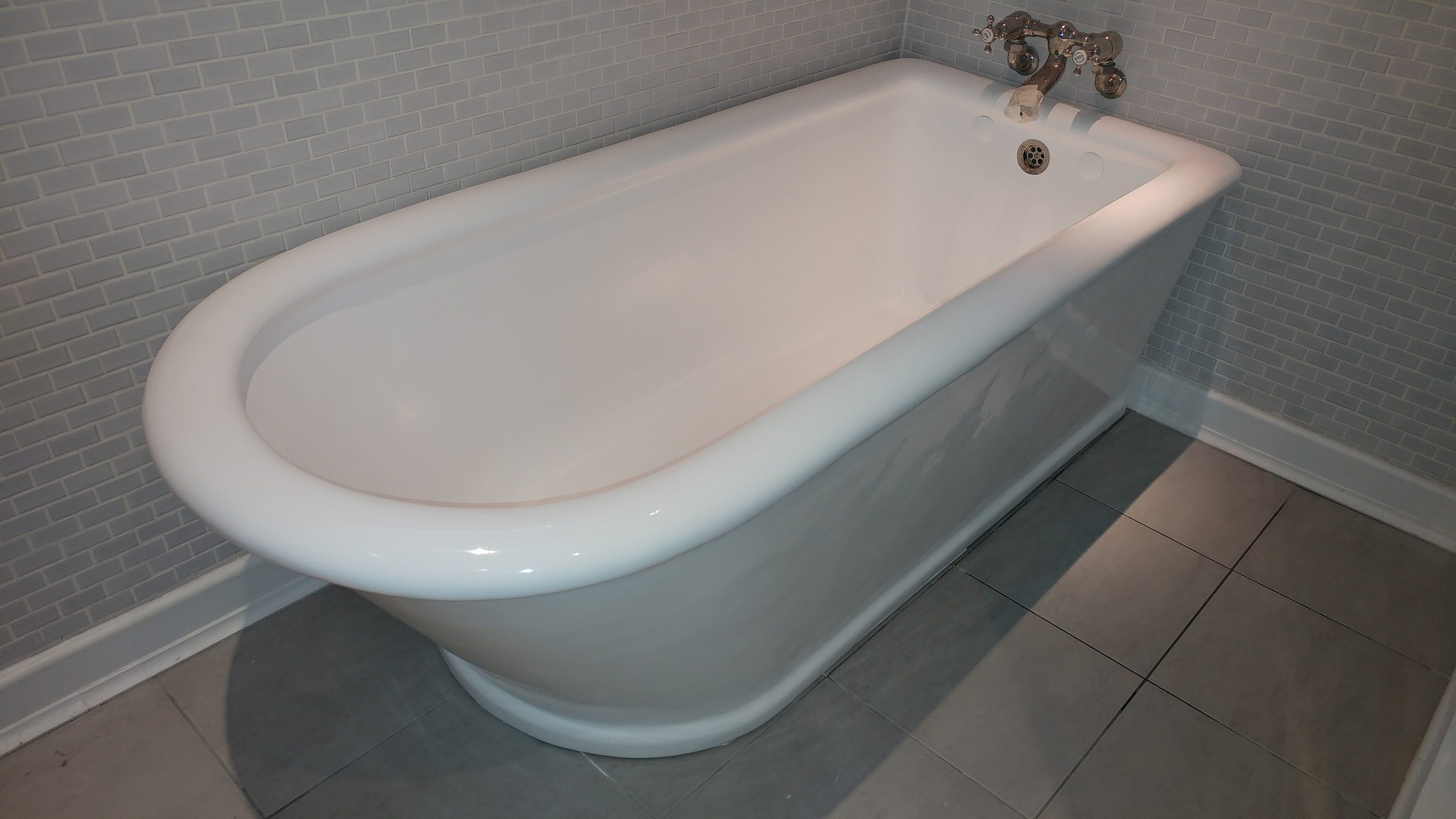 About Bathglaze Re Enamelling Bath Resurfacing And